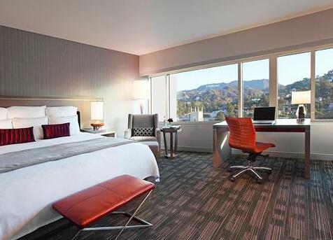 Loews Hollywood Hotel- Photo 3