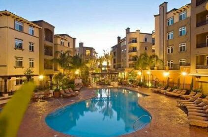 Oakwood Apartments At Playa Del Oro Los Angeles