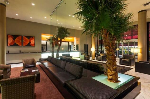 Ramada Plaza By Wyndham West Hollywood - Photo3
