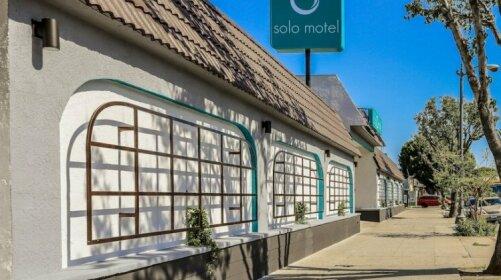 Solo Motel Broadway