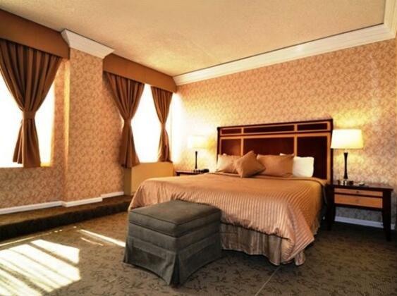 The Mayfair Hotel- Photo2