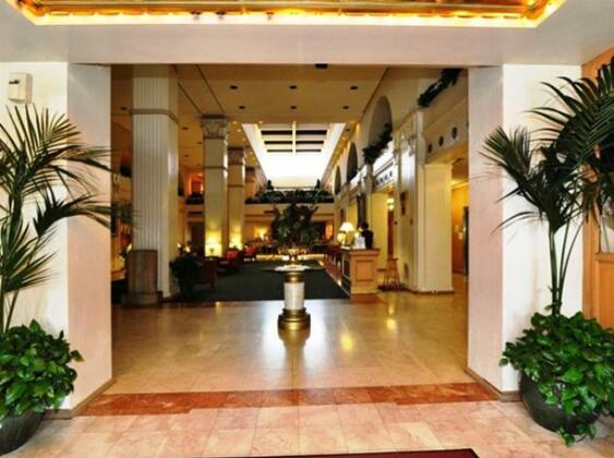 The Mayfair Hotel- Photo3