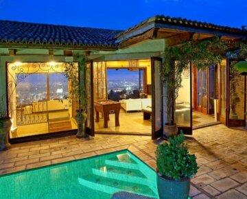 Villa in the Sky Los Angeles