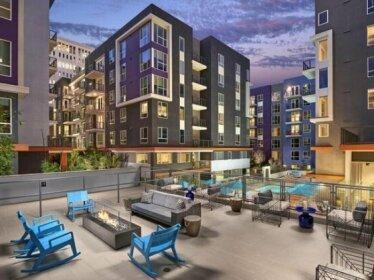 Wilshire West Suites