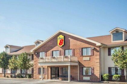 Super 8 by Wyndham Madison Hanover Area