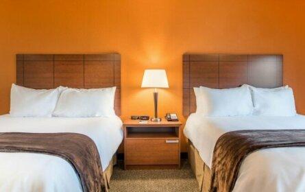 My Place Hotel-Marquette MI