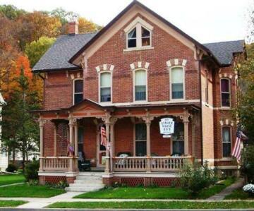 Stauer House B & B