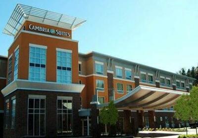 Cambria Hotel Washington Meadows Casino