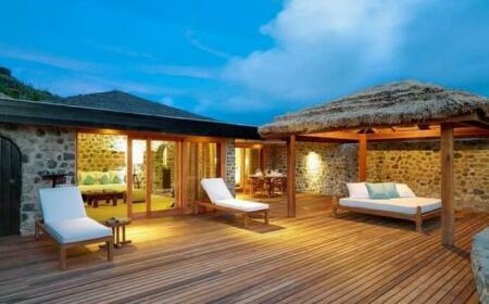 Petit St Vincent Resort Mendon