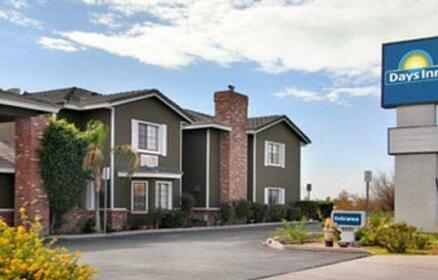 Days Inn by Wyndham Mesa East