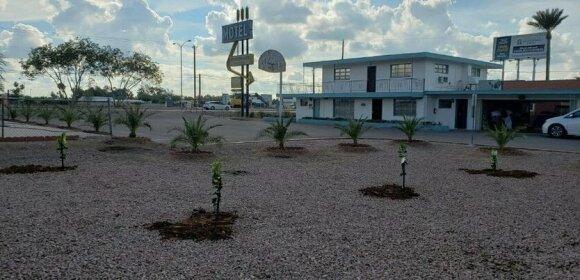 Westernaire Motel