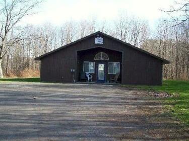 Feeder Creek Lodge and Cabin