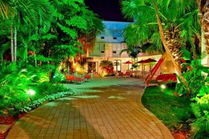Dorchester Hotel & Suites