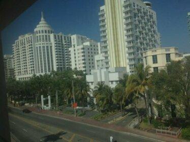 Geneva Hotel Miami Beach