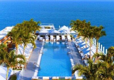 Oceanfront Hotel Suite