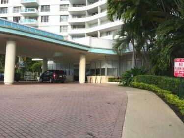 Premium Vacation Rental - 5 Guests - 1BR