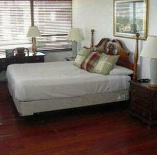 Pelican Executive Suites Miami Lakes