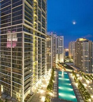 Executive Suites by Weichert at Icon Brickell