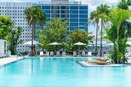 Global Luxury Suites Downtown Miami