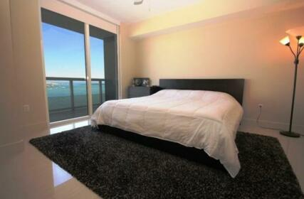 Luxury Apartments at 50 Biscayne