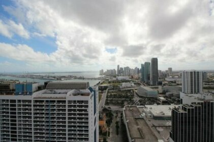 Luxury Apartments with stunning Intracoastal views