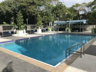 LYX Suites at Bayshore Grove in Coconut Grove
