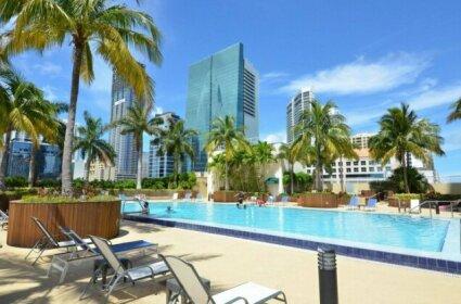 Riviera Luxury Living Miami Brickell