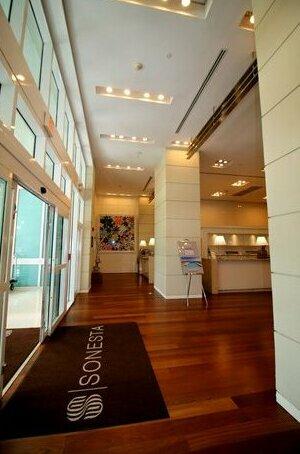 Sonesta Resort by 1st HomeRent