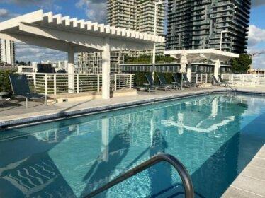 Stunning Apartment in Midtown Miami