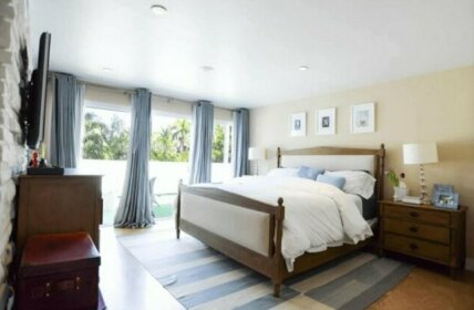 Villa Naomi Miami