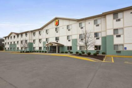 Super 8 by Wyndham Cromwell Middletown