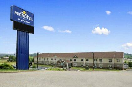 Microtel Inn & Suites By Wyndham Mineral Wells/Parkersburg