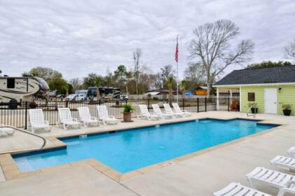 All About Relaxing RV Park - A Cruise Inn Park