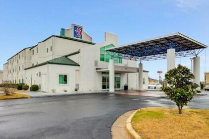 Motel 6 - Montgomery / Hope Hull
