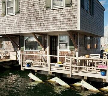 The Cottages & Lofts