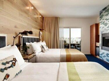 Marina Grand Resort