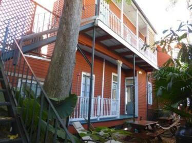 IHSP French Quarter House Hostel
