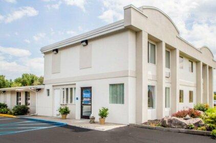 Rodeway Inn & Suites New Paltz- Hudson Valley