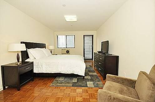 39th Street Suites- Photo2