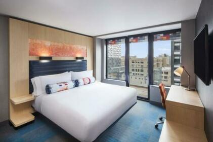 Aloft Long Island City-Manhattan View