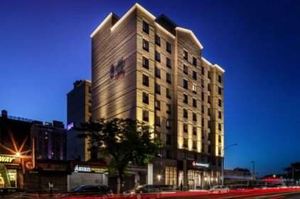 Best Western Plus Plaza Hotel New York City