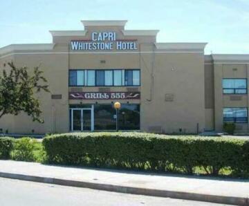 Capri Whitestone Hotel