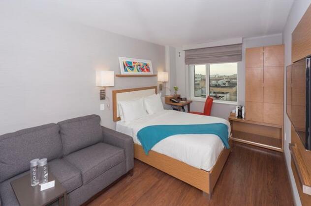 Edge Hotel Washington Heights- Photo5