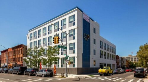 GLo Best Western Brooklyn NYC