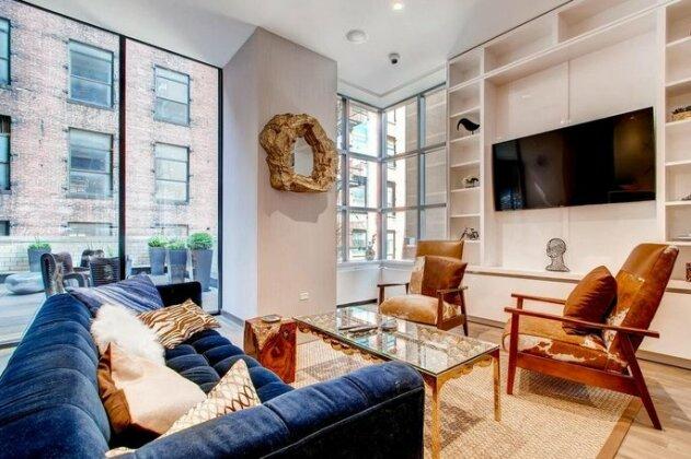 Global Luxury Suites at Ritz Plaza- Photo5