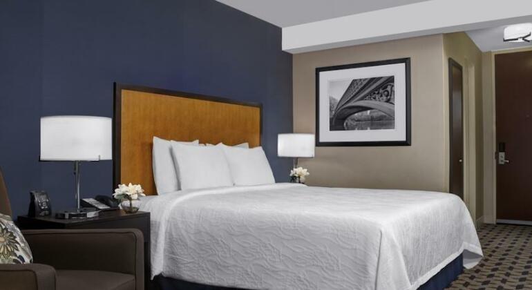 Hilton Garden Inn Times Square- Photo2