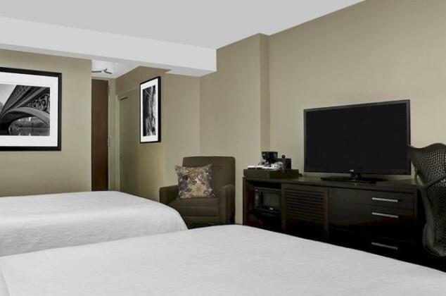 Hilton Garden Inn Times Square- Photo4