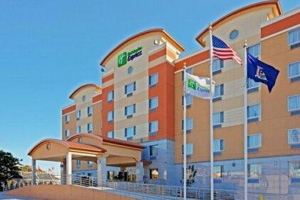 Holiday Inn Express Maspeth