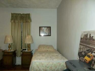 Homestay in Flatbush near Kings Theatre