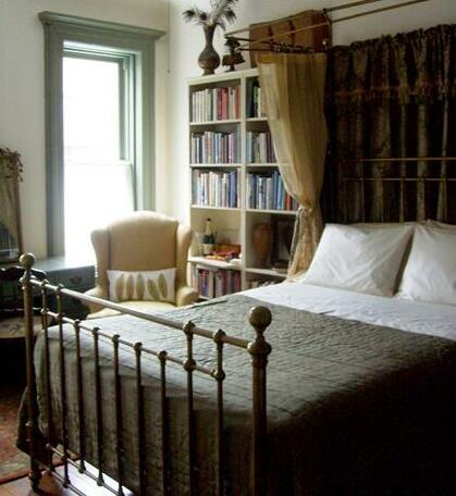 Jumel Terrace Bed and Breakfast - Photo4